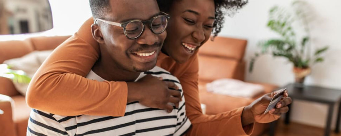 HOW TO TACKLE DEBT AS A COUPLE